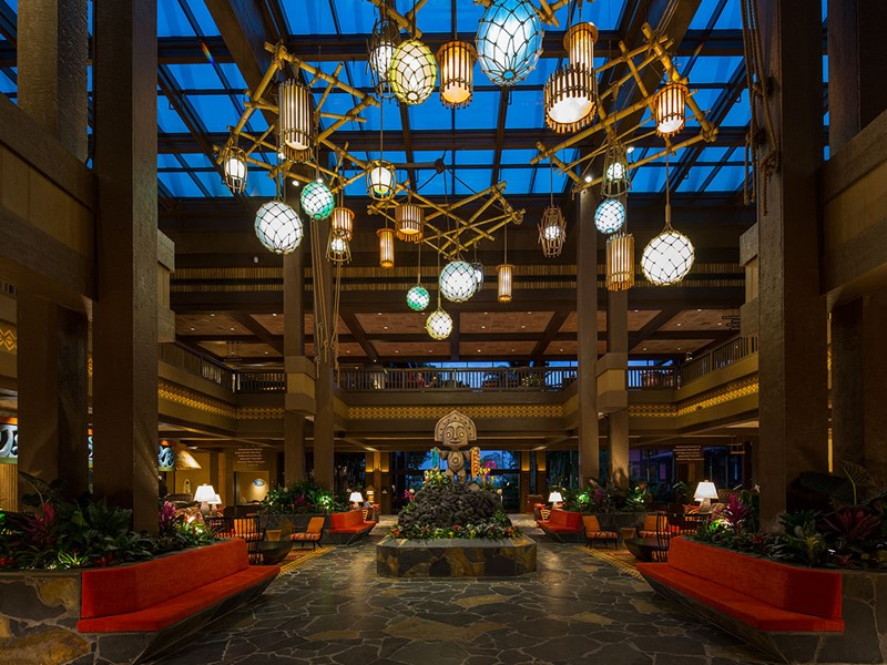 La décoration tropicale du lobby du Disney's Polynesian Village Resort
