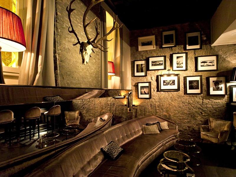 Le bar du DOM Hotel, situé en Italie