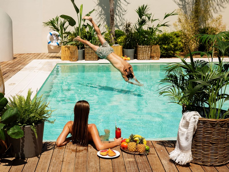 Profitez de la superbe piscine de la HRH Pearl Villa