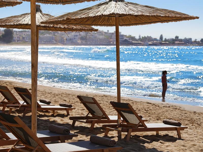 La plage du Domes Noruz à Chania en Crête