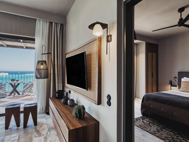 La Premium One Bedroom Suite with Private Pool