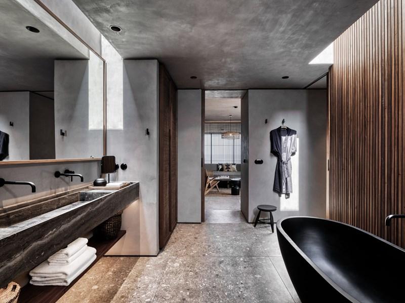 La salle de bain de The Villa Private Pool