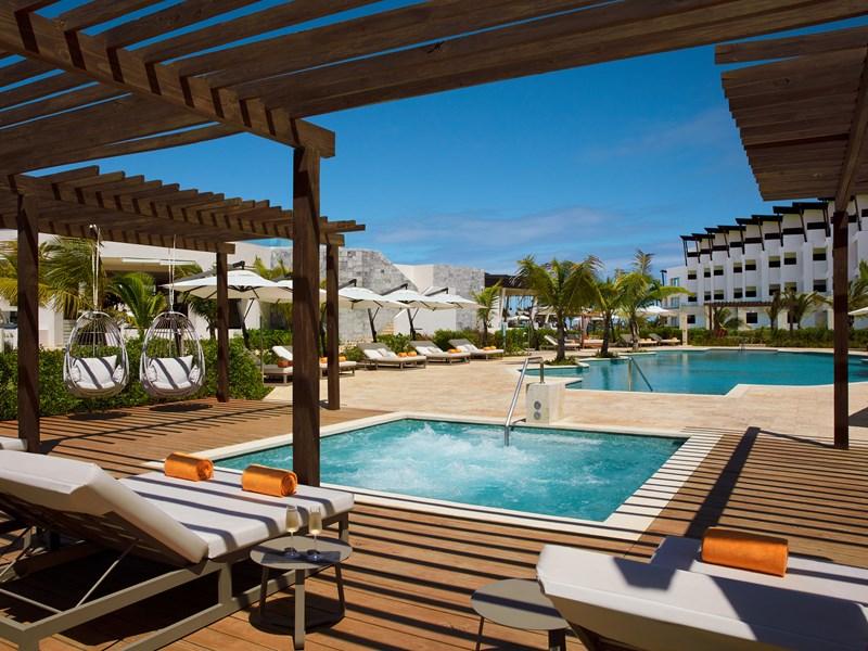 La piscine exclusive du Preferred Club