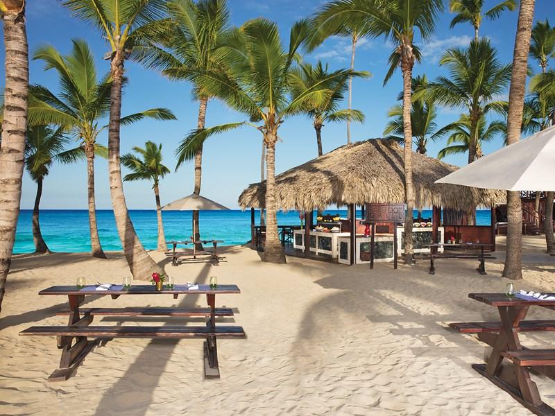Le midi, prenez votre déjeuner sur la plage