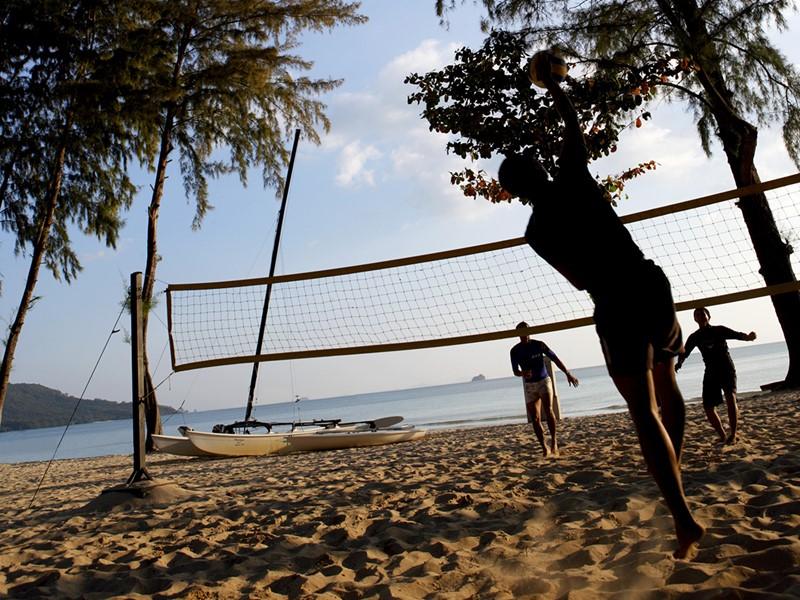 Volleyball de plage à l'hôtel Dusit Thani Resort en Thailande