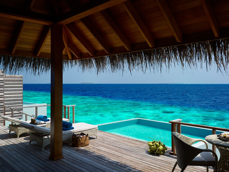 Water Villa with Pool de l'hôtel Dusit Thani aux Maldives