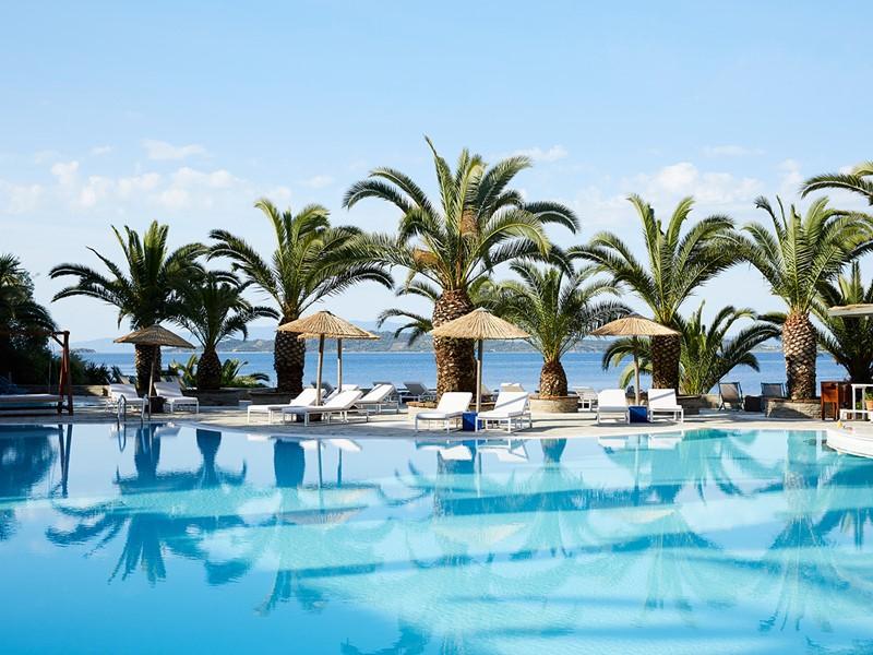 La piscine de l'hôtel Eagles Palace à Halkidiki