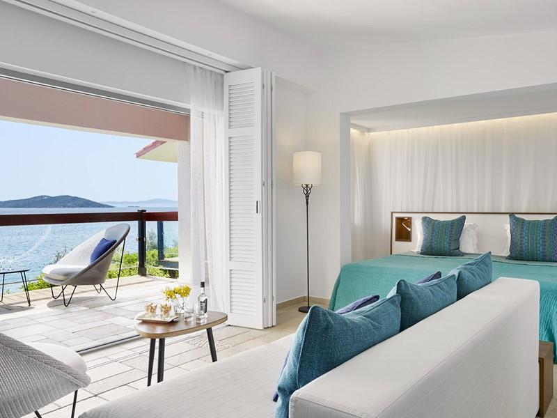 Two Bedroom Bungalow Sea View de l'Eagles Palace