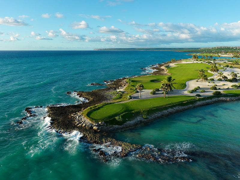 L'Eden Roc met à votre disposition un magnifique parcours de golf