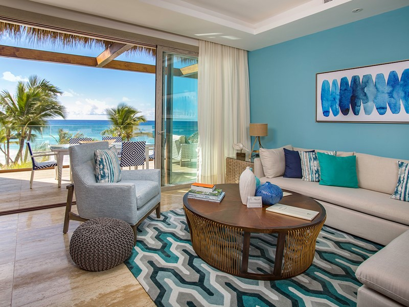 Beachfront 2 Bedroom Suite de l'Eden Roc at Cap Cana