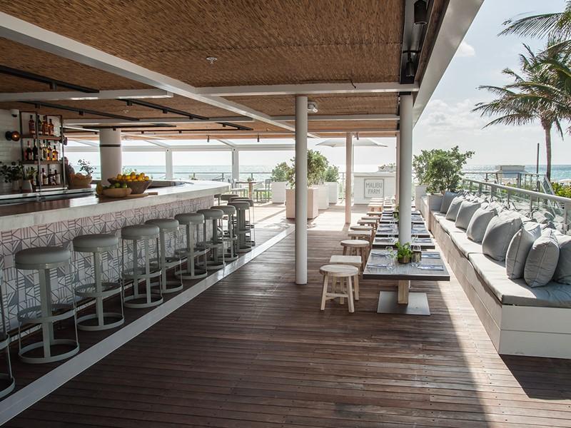 Le restaurant Malibu Farm de l'Eden Roc Miami Beach