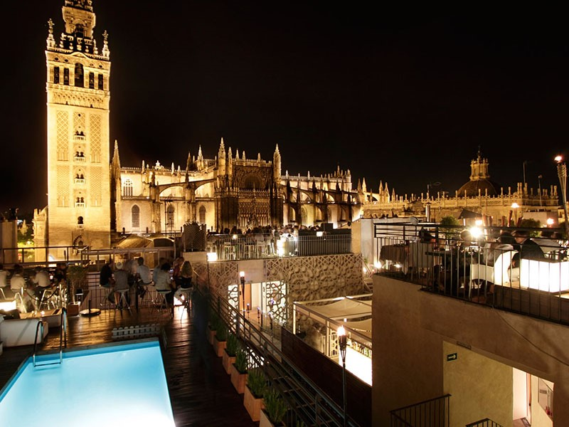 La magnifique terrasse panoramique du EME Catedral