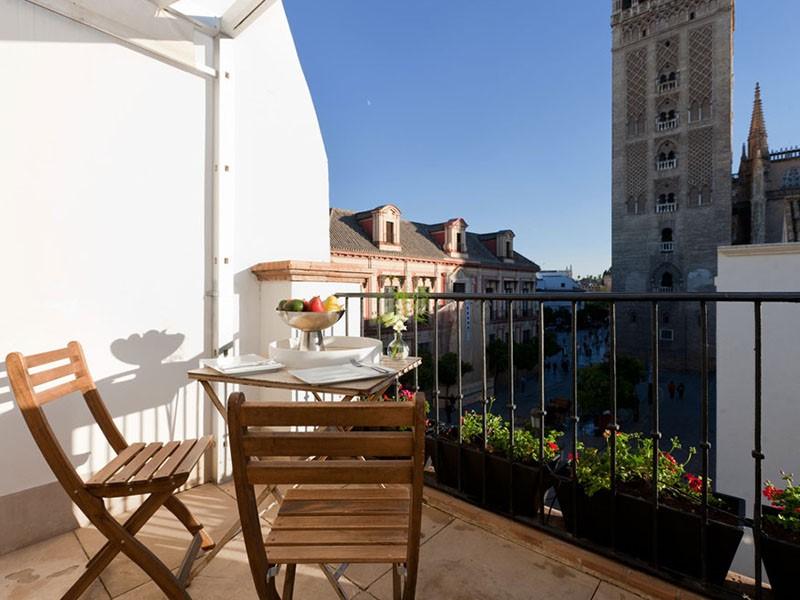 Splendide vue de Séville depuis le EME Catedral Hotel