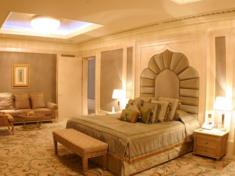Royal Khaleej Suite