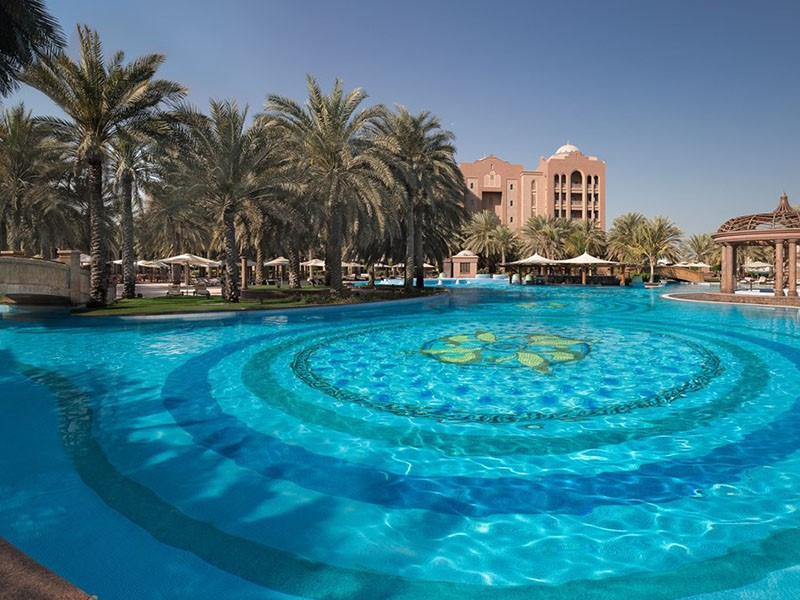 East Pool de l'Emirates Palace à Abu Dhabi