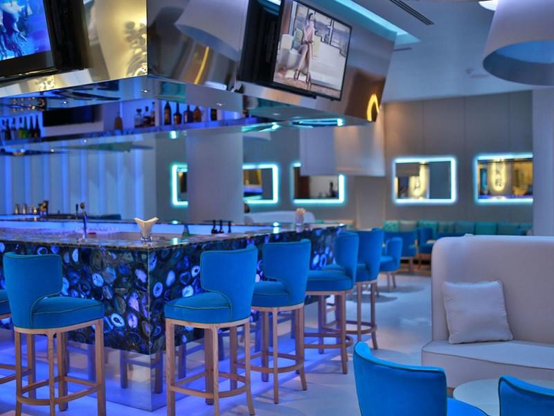 Sirotez des cocktails uniques au Bluum Bar