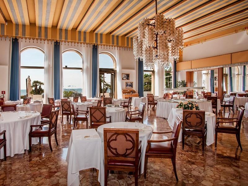 Le restaurant Tropicana