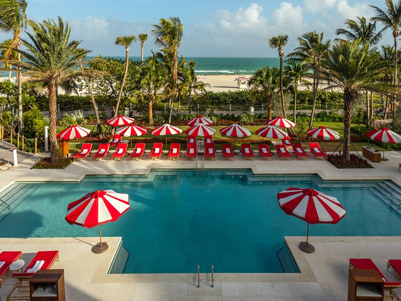 La piscine du Faena Hotel Miami Beach, aux Etats-Unis
