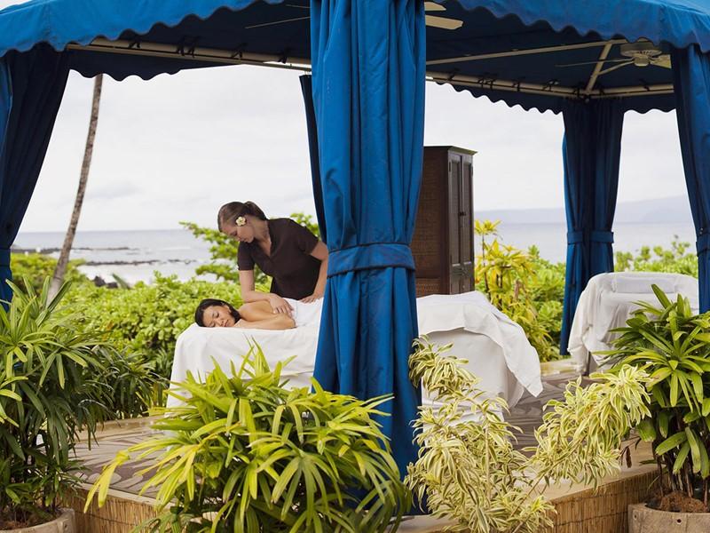 Massage face à l'océan à l'hôtel Fairmont Kea Lani