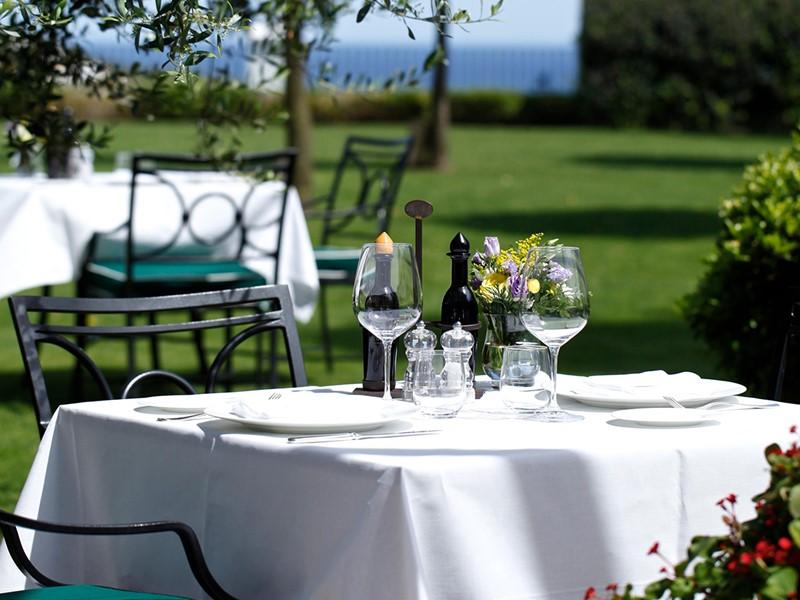 Restaurant El Jardin De Lutz de l'hôtel Finca Cortesin