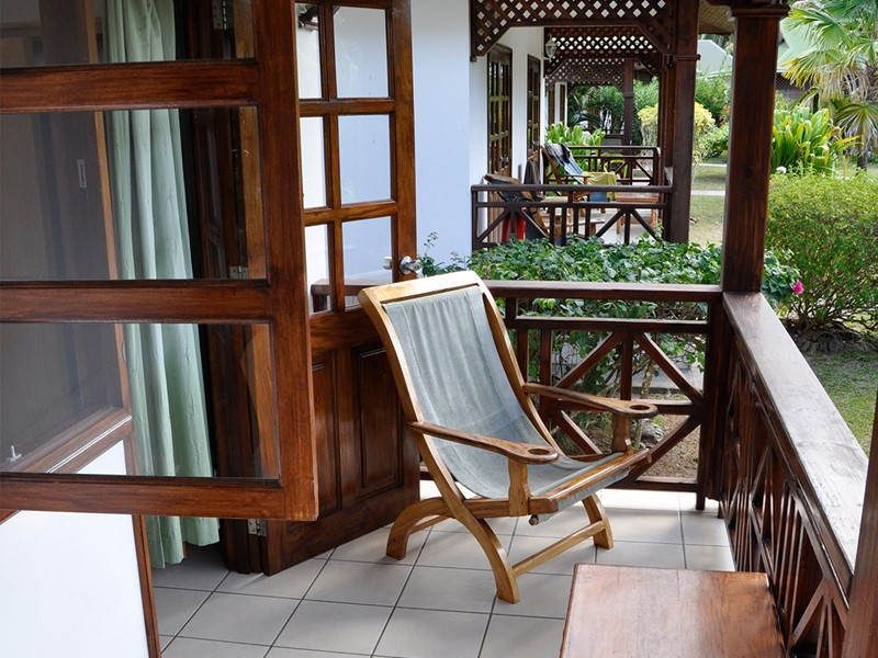Une terrasse d'un bungalow