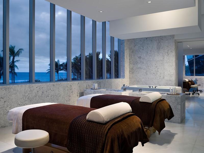 Le spa de l'hôtel 5 étoiles Fontainebleau Miami Beach