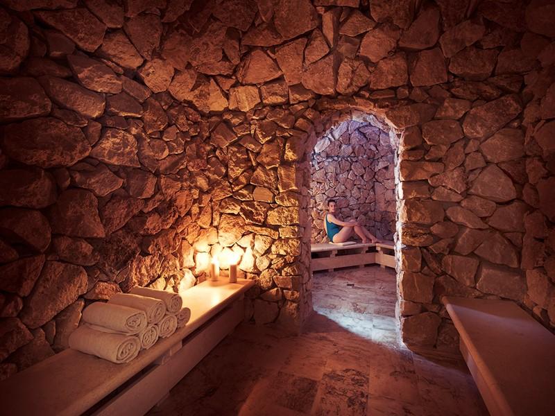 Le spa du Fonteverde est considéré comme l'un des plus beaux du monde