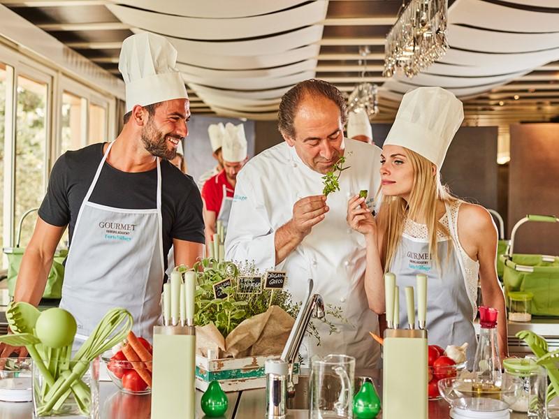 Profitez des cours de cuisine de l'hôtel Forte Village