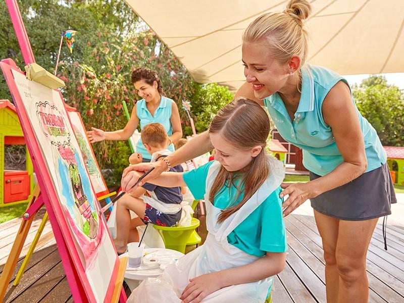 Activités ludiques et créatives pour les petits au Forte Village