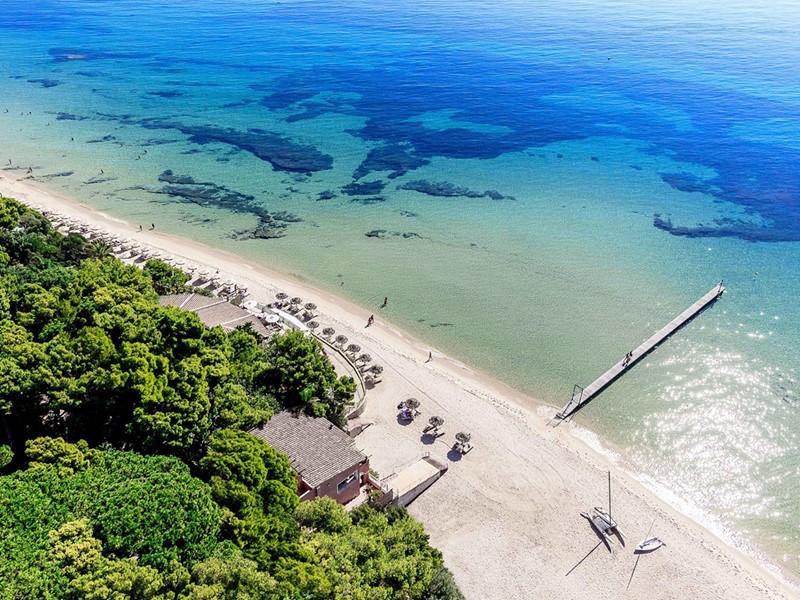 La superbe plage de l'hôtel Forte Village Le Dune