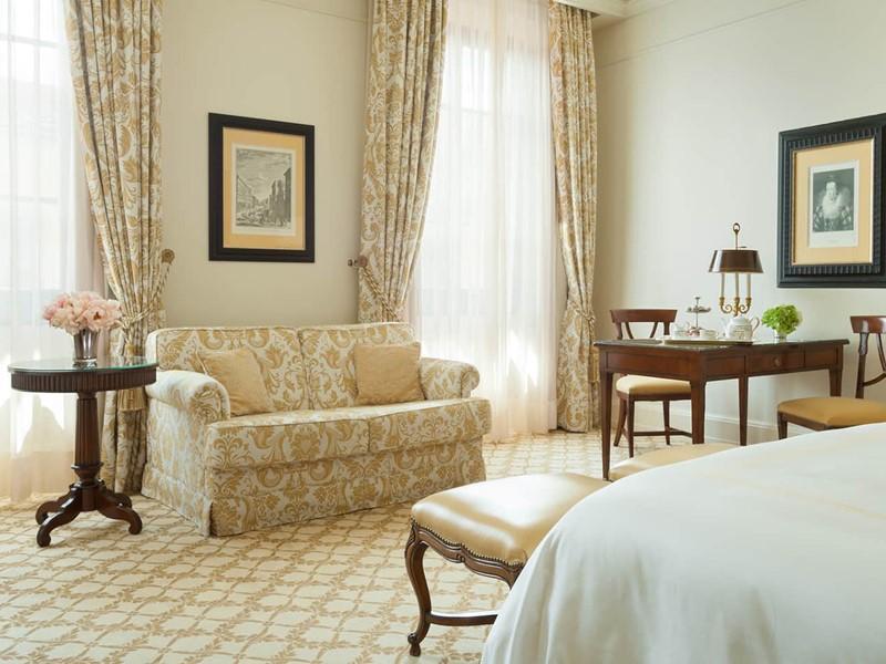 La Deluxe Room, idéale pour préparer une journée d'aventure ou pour passer la nuit en ville