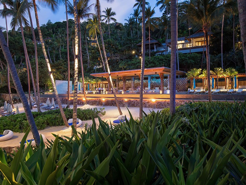 Le bar CoCoRum du Four Seasons Koh Samui en Thailande