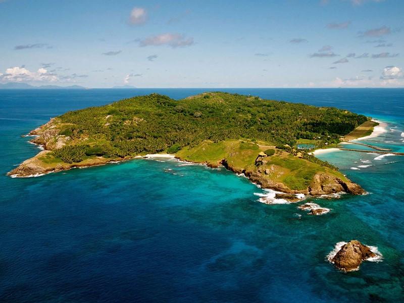Vue aérienne du Fregate Island aux Seychelles