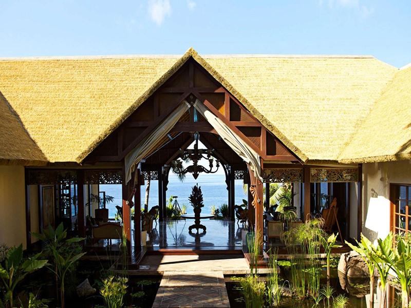 Vue du lobby de l'hôtel de luxe Fregate Island