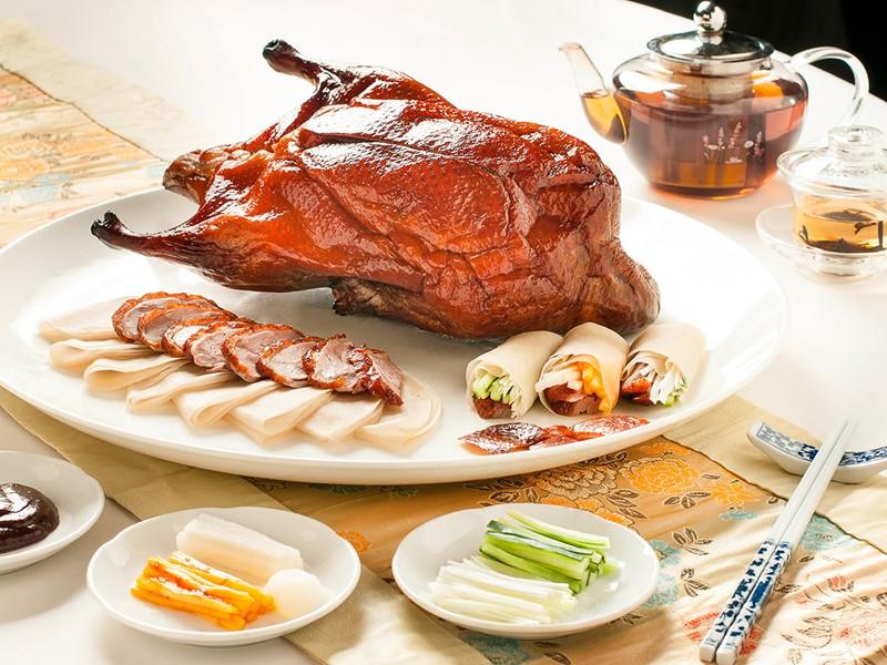 Délicieuses spécialités chinoises modernes au restaurant Min Jiang du Goodwood Park