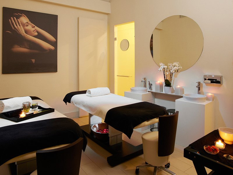 Profitez d'excellents soins au spa de l'hôtel