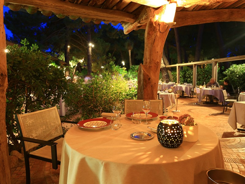 Le restaurant gastronomique La Table du Grand Hôtel de Cala Rossa