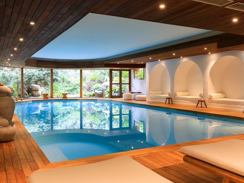 Profitez des somptueux soins du spa du Grand Hôtel de Cala Rossa