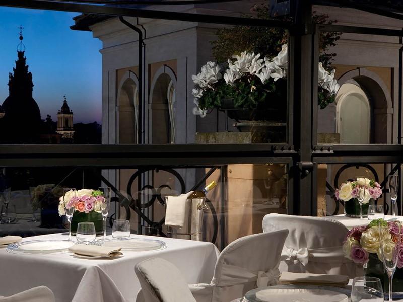 Le restaurant Minerva Roof Garden du Grand Hotel de la Minerve