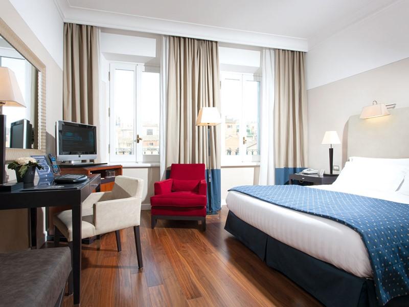Classic Room du Grand Hotel de la Minerve, à Rome