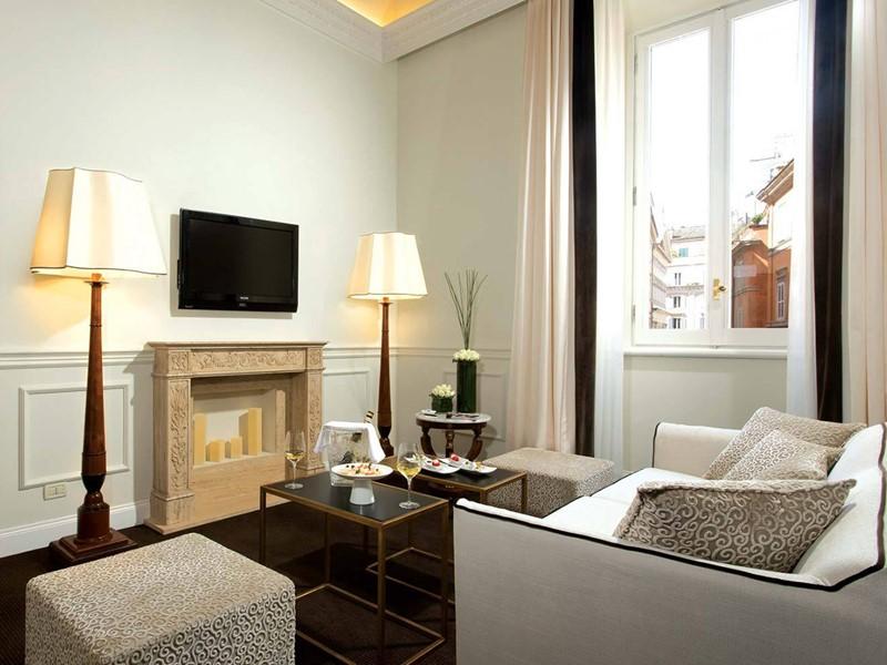 La salon de la Suite Alfieri du Grand Hotel de la Minerve