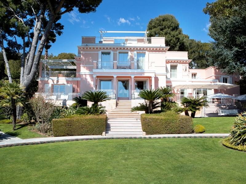 Profitez pleinement de la villa privée Rose Pierre