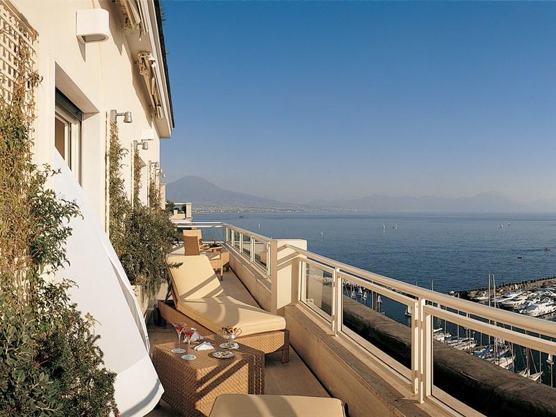 La terrasse de l'hôtel Grand Hotel Vesuvio