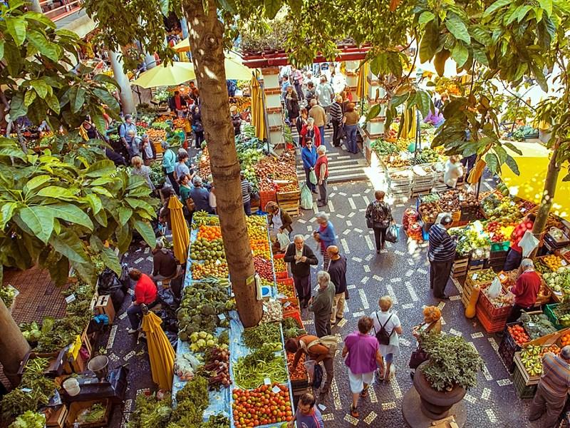 Le Mercado dos Lavradores constitue une étape essentielle lors d'un séjour à Madère