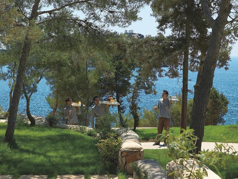 Personnel convivial du Grecotel Cape Sounio en Grèce