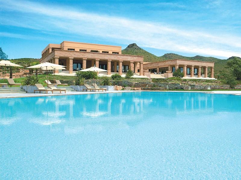 La superbe piscine de l'hôtel Grecotel Cape Sounio