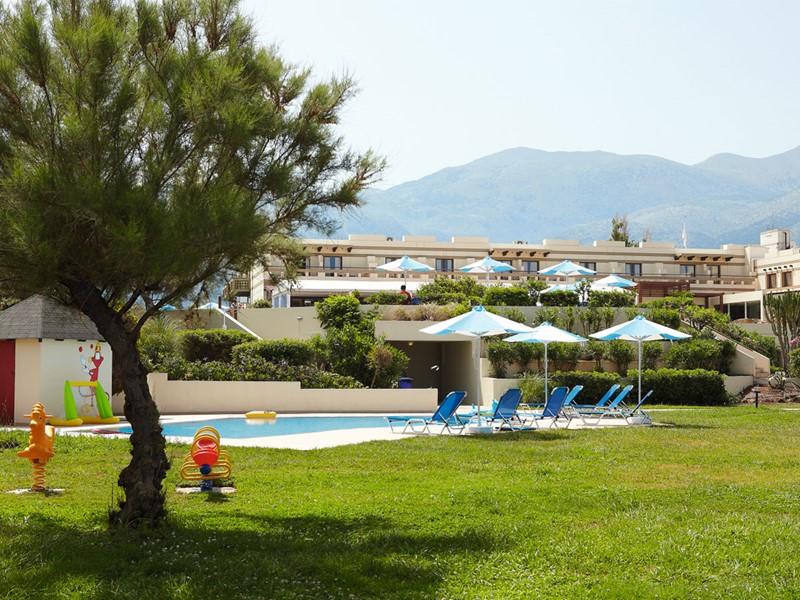 La piscine pour les enfants du Grecotel Meli Palace