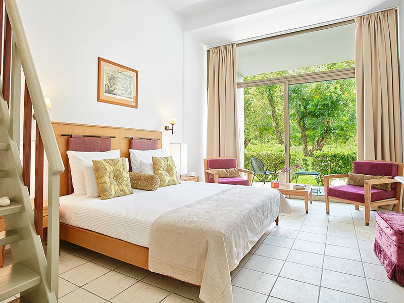 Family Gallery & Play Ground Floor Bungalow du Grecotel Lux Me Rhodos