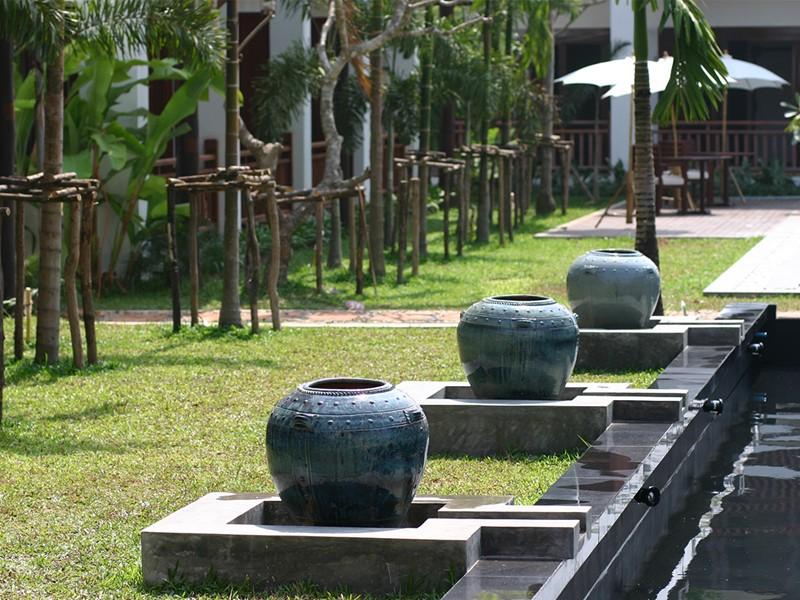 Jardin du Green Park Boutique situé en plein coeur de la capitale du Laos