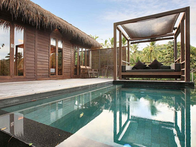 Haadtien Pool Villa